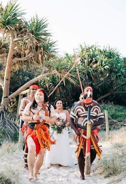 jade+otto+real+wedding+dreamtime+beach+indigenous+ceremony